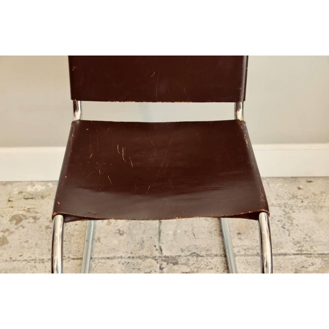 1970s Set of Four Classic Thick Leather and Chrome Mr Chairs by Mies Van Der Rohe For Sale - Image 5 of 10