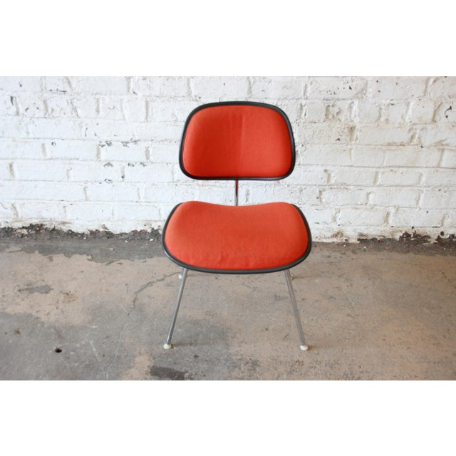 Mid-Century Modern Eames for Herman Miller DCM Chair For Sale - Image 3 of 7