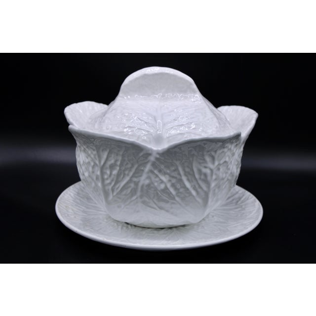 Mid-20th Century White Cabbage Pottery Tureen and Plate Set For Sale - Image 12 of 13