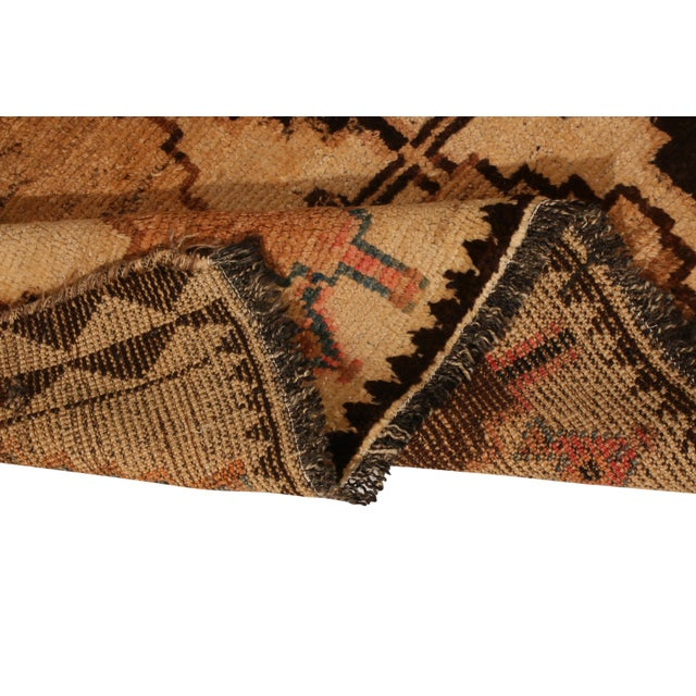 1950s Antique Gabbeh Rug Tribal Beige Brown Hand-Knotted Persian Diamond Pattern For Sale - Image 5 of 6