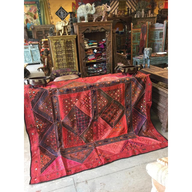 Anglo-Indian Mogul Indian Tapestry Red Banjara Vintage Bohemian Wall Hanging Throw For Sale - Image 3 of 5