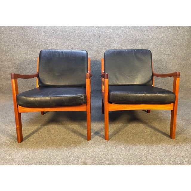 """Black Pair of Vintage Danish Mid Century Modern Teak and Leather """"Senator"""" Lounge Chairs by Ole Wanscher For Sale - Image 8 of 12"""