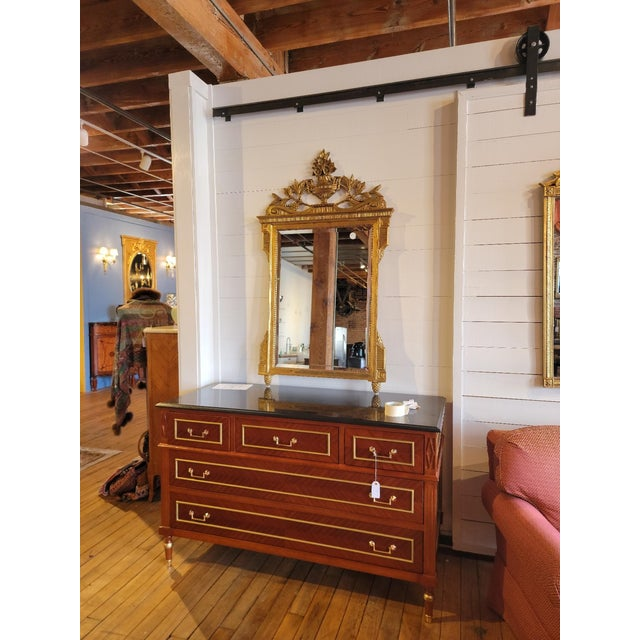 20th Century French Grand Gilt Mirror From Waldorf Astoria For Sale - Image 9 of 10
