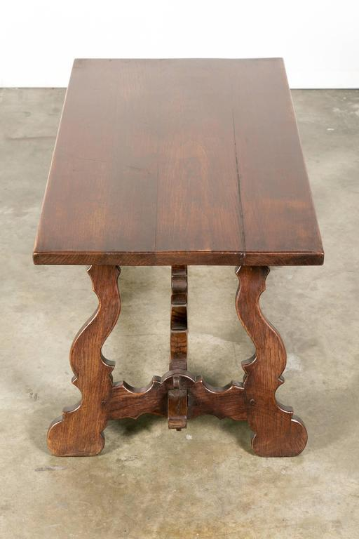 Antique Spanish Colonial Style Oak Coffee Table   Image 8 Of 10