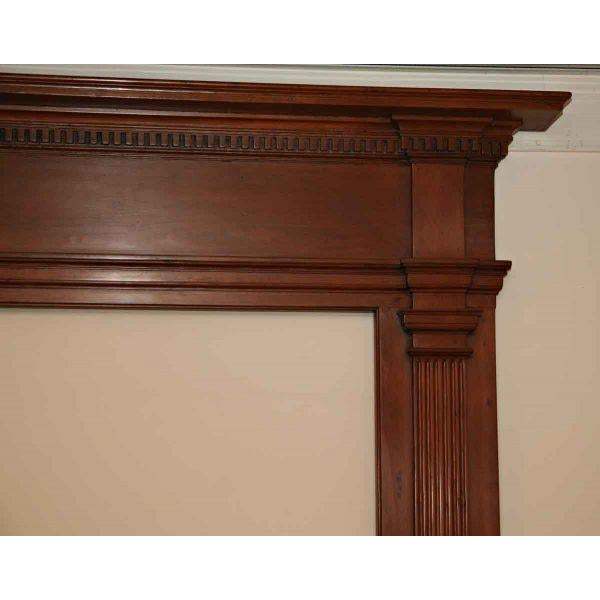 Federal 19th Century American Pine Wooden Mantel For Sale - Image 3 of 4