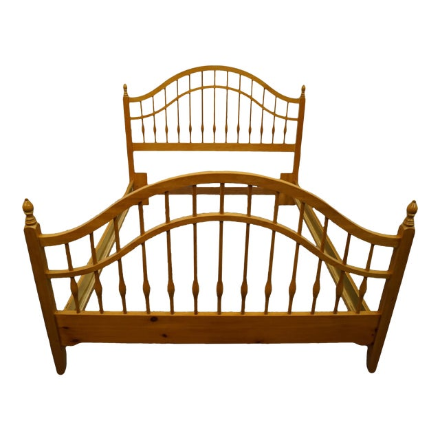 Vintage Thomasville Furniture Solid Knotty Pine Queen Size Spindle Bed For Sale