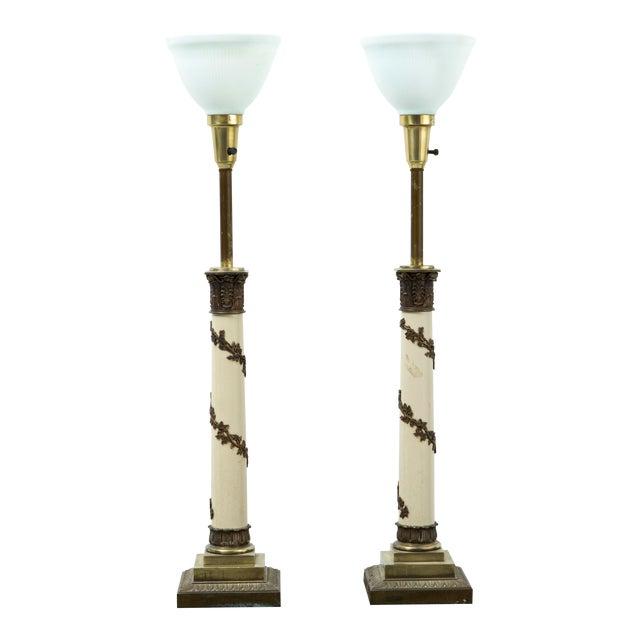 Set of Hollywood Regency Stiffel Lamps For Sale