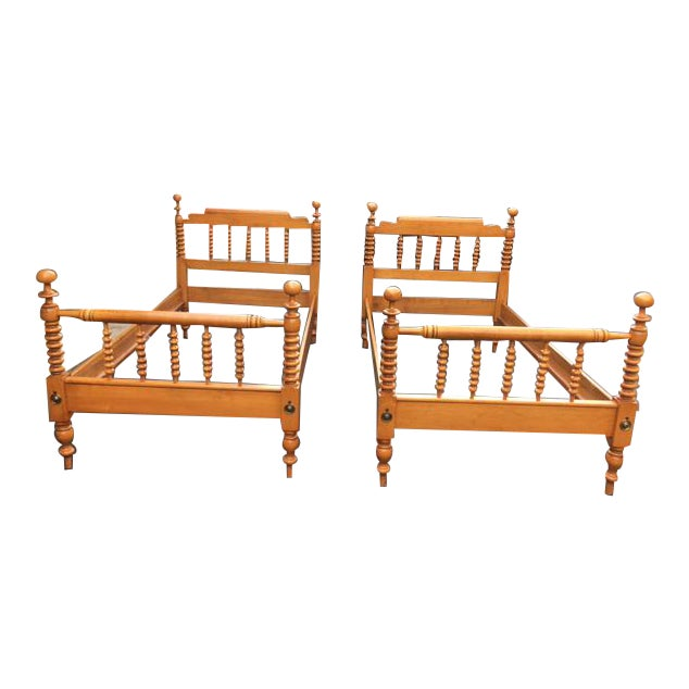 1950s Mid-Century Modern Willett Twin Maple Beds - a Pair For Sale