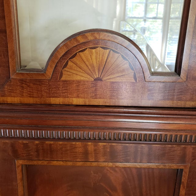 Late 20th Century Councill Craftsman Inlaid Banded Flame Mahogany China Cabinet For Sale - Image 5 of 12