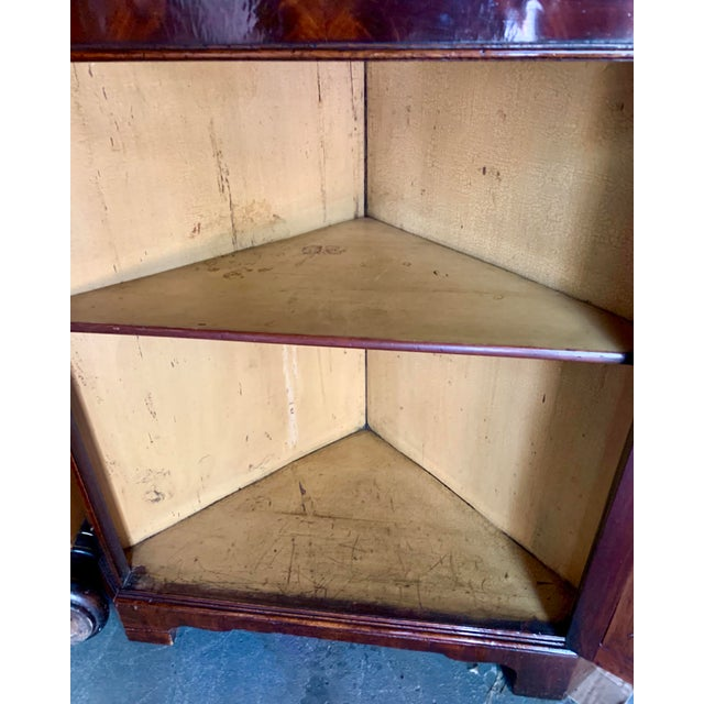 Pair of 19th-C. English Regency Corner Cabinets For Sale - Image 9 of 11