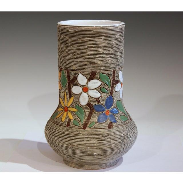 Vintage Italian Art Pottery Textured Incised Blossom Raymor Vase For Sale - Image 10 of 10