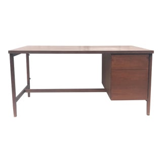 Mid-Century Modern Office Desk by Knoll International For Sale