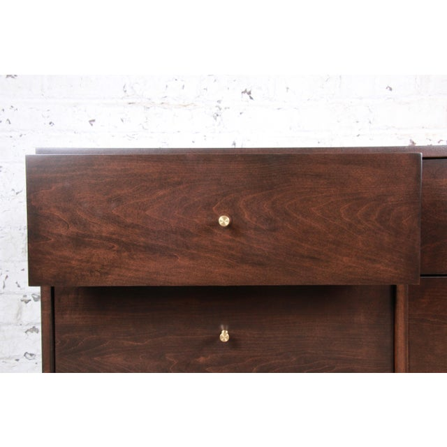 Paul McCobb Planner Group Six-Drawer Dresser, Newly Refinished For Sale - Image 9 of 13