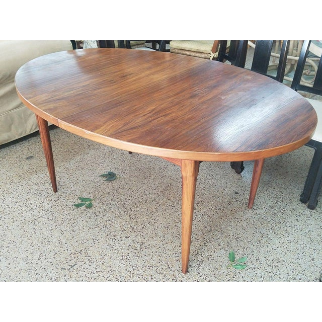 1960's Danish Mid-Century Modern Style Rosewood Dining Table For Sale In Miami - Image 6 of 12