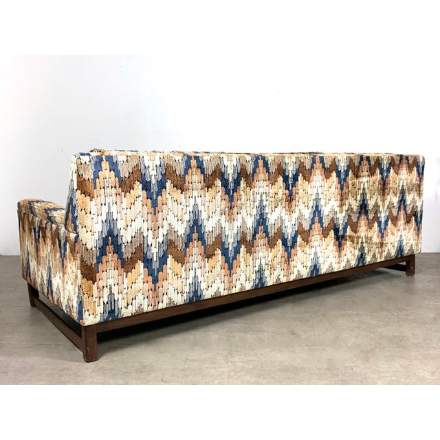 Mid-Century Modern 1960s Vintage Zig Zag Velvet Sofa in the Style of Harvey Probber For Sale - Image 3 of 11