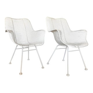 1960s Vintage White Sculptura Russell Woodard Patio Chairs- A Pair For Sale
