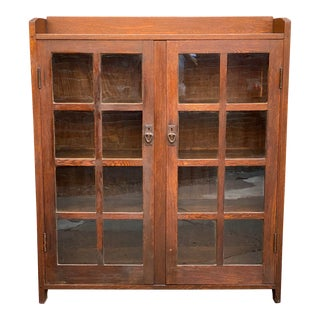 Gustav Stickley #717 Oak Double Door Arts and Crafts Bookcase For Sale