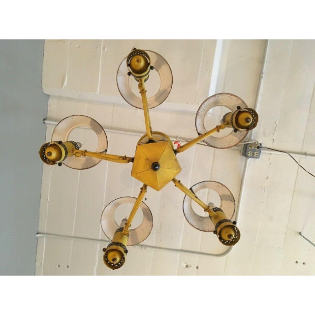 Early 20th Century Regency French Yellow Painted Tole Five Light Chandelier For Sale In Minneapolis - Image 6 of 13
