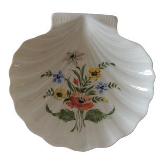 Petite Limoges French Porcelain Dish in the Shape of a Shell With Floral Motif Hand Painted For Sale