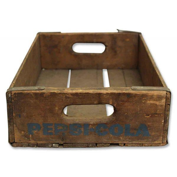 Country Worn Vintage Wooden Pepsi Crate For Sale - Image 3 of 10
