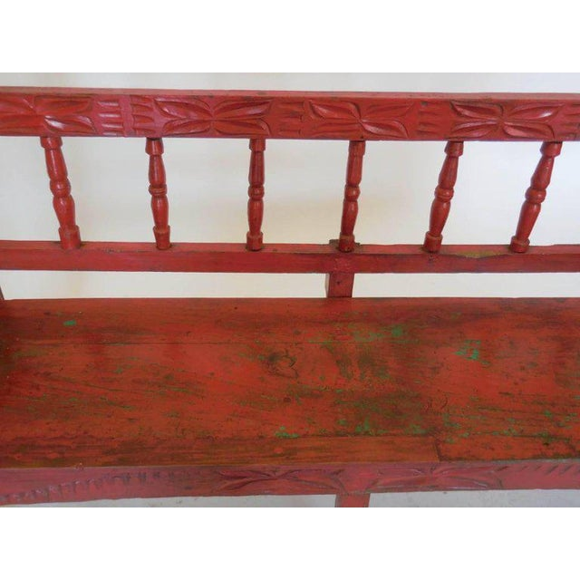 Small Vintage Painted Carved Bench For Sale In Los Angeles - Image 6 of 8