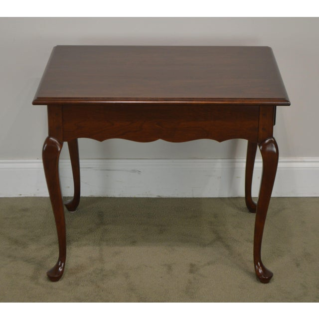 1980s Hitchcock Old Litchfield Solid Cherry Pair Queen Anne One Drawer Side Tables For Sale - Image 5 of 13