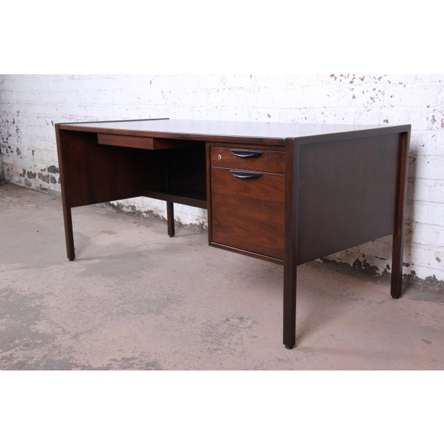Jens Risom Mid-Century Modern Walnut Executive Desk, 1960s For Sale - Image 13 of 13