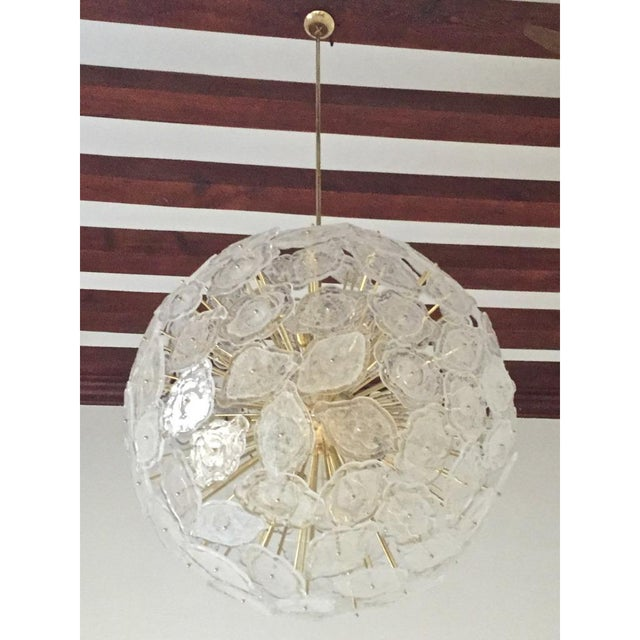 Mid-Century Modern Contemporary Italian Brass & White Frosted Murano Glass Leaf Sputnik Chandelier For Sale - Image 3 of 9