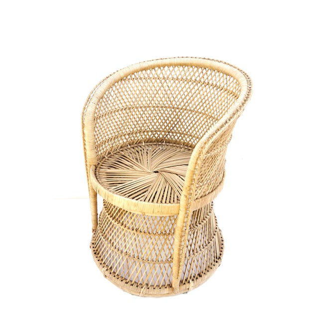 Boho Chic Vtg Mid-Century Mehitabel Furniture Co. Natural Woven Rattan Peacock Barrel Chair | Mid-Century Boho Furniture For Sale - Image 3 of 12