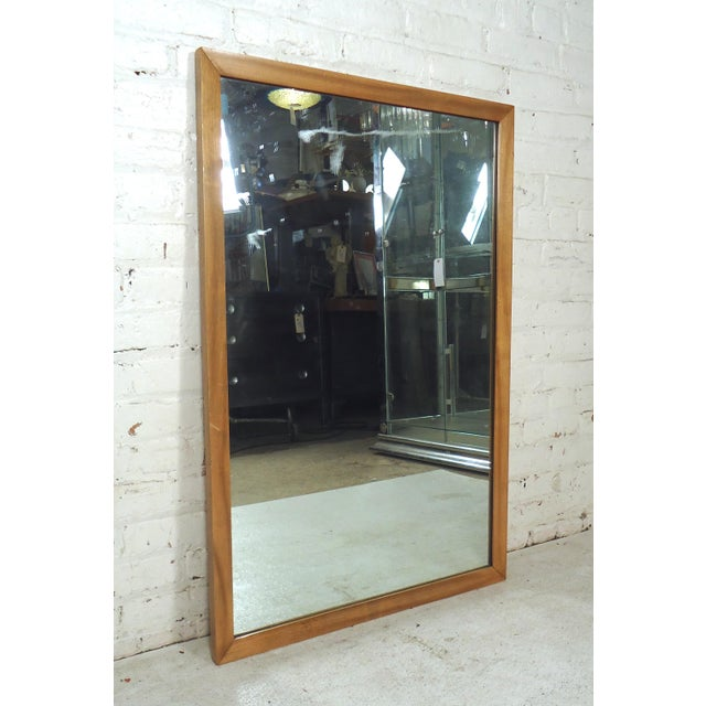 Sleek rectangle vintage modern wall mirror, would make a great addition to any home or office. Please confirm item...