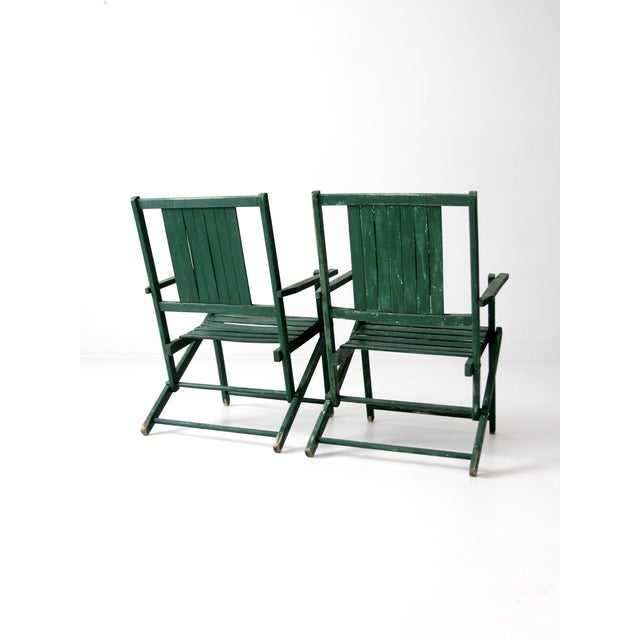 Cabin Vintage Wood Folding Chairs in Emerald - A Pair For Sale - Image 3 of 8
