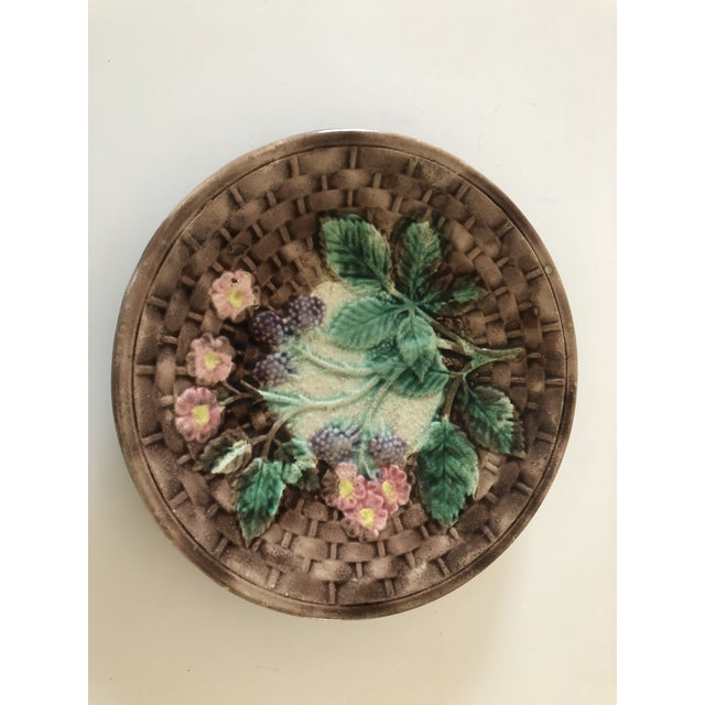 Majolica Basketweave Plate For Sale - Image 9 of 10