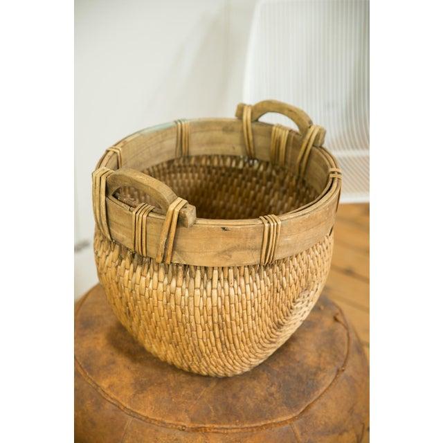 1960s Natural Vintage Willow Basket For Sale - Image 5 of 10