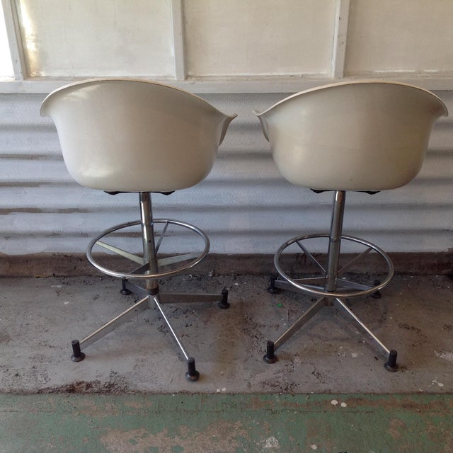 Vintage Cosco Shell Bar Stools- A Pair - Image 4 of 11