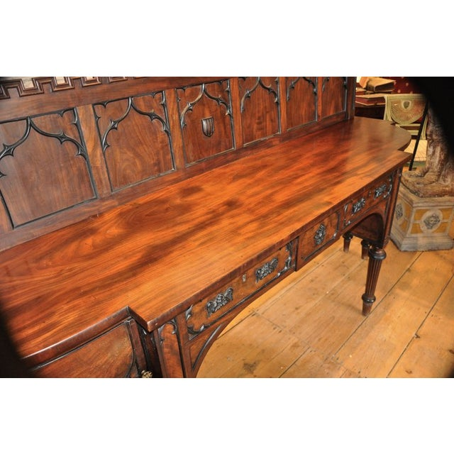 English George III Period Sideboard in Gothic Taste by Gillows of London For Sale In Boston - Image 6 of 7