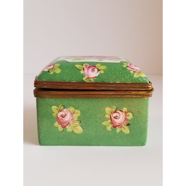 Early 20th Century Antique French Porcelain Trinket Box For Sale - Image 5 of 12
