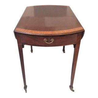 18th Century English Hepplewhite Inlaid Mahogany Pembroke Table With Oval Leaves For Sale