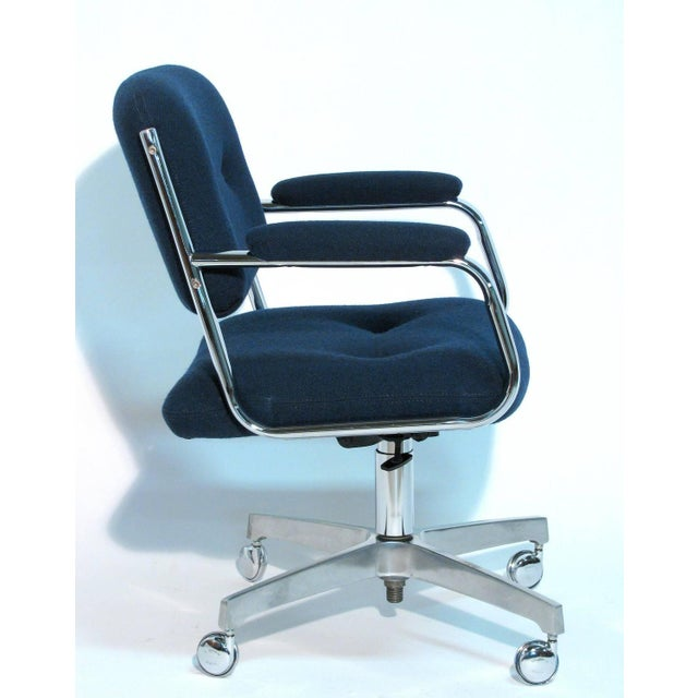 Chromcraft Rolling Swivel Armchairs - A Pair - Image 5 of 9