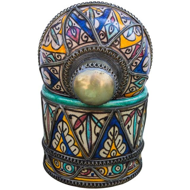 White Andalusian Filigree Ceramic Box For Sale - Image 8 of 13