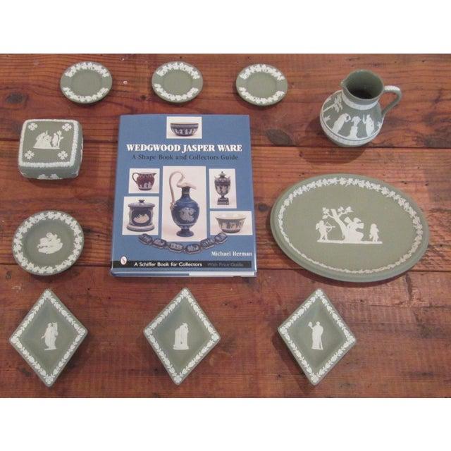 Beautiful Wedgwood Jasperware Collection & Serving Book Set - Image 2 of 8