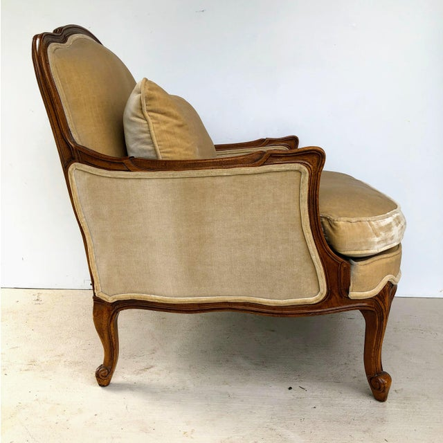 Queen Anne Weiman Queen Anne Bergere Arm Chairs in Wheat Velvet- A Pair For Sale - Image 3 of 13