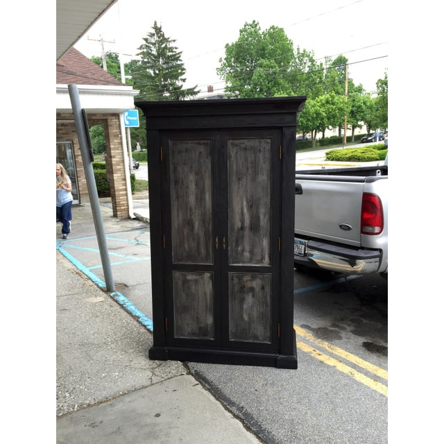 European Grand Scale Armoire - Image 2 of 5