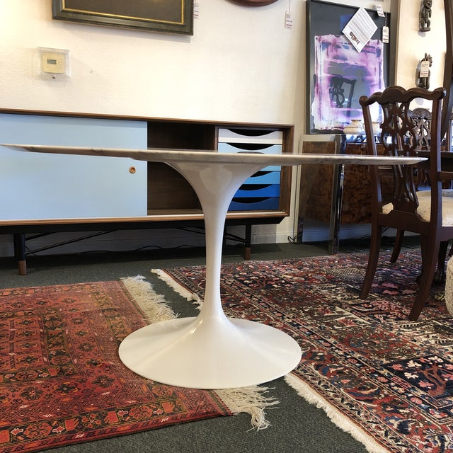 Design Plus Gallery presents the Saarinen Tulip Table. Beautifully made in Italy, the Carrara Marble beauty continues to...