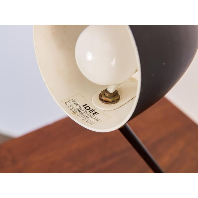 White Cocotte Desk Lamp by Serge Mouille For Sale - Image 8 of 9