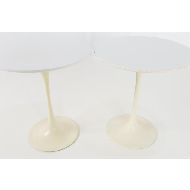 Mid-Century Modern 1960s Mid Century Modern Eero Saarinen for Knoll Round Tulip Side Tables - a Pair For Sale - Image 3 of 6