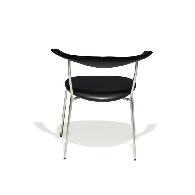 2000 - 2009 Set of 4 Hans Wegner PP701 Bull Horn Dining Chairs in Black Lacquer, Leather and Steel For Sale - Image 5 of 13