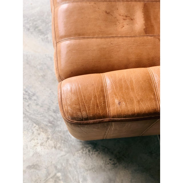Let's talk vintage modernist. Perfect example with de sede. This ds44 is bison leather cut into a clean line form. Pull...