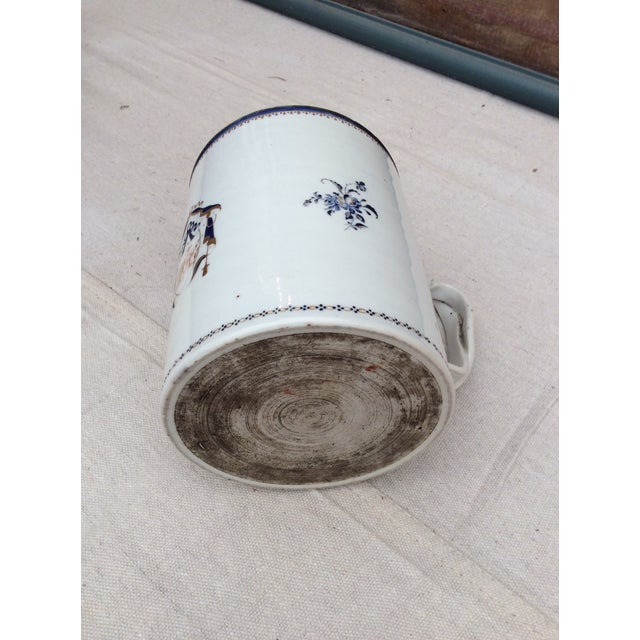 Ceramic 18th Century Chinese Export Tankard For Sale - Image 7 of 10