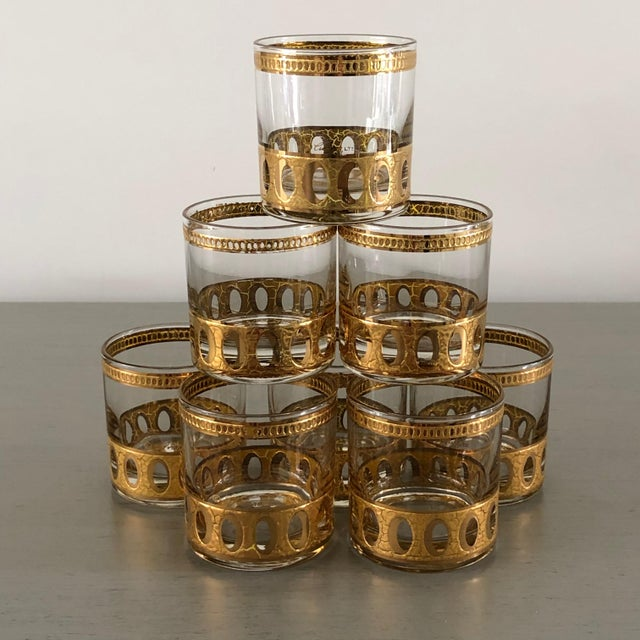 1960s Anitigua 22k Culver Old Fashioned Cocktail Glasses With Vintage Brass Tray - Set of 9 For Sale - Image 5 of 13