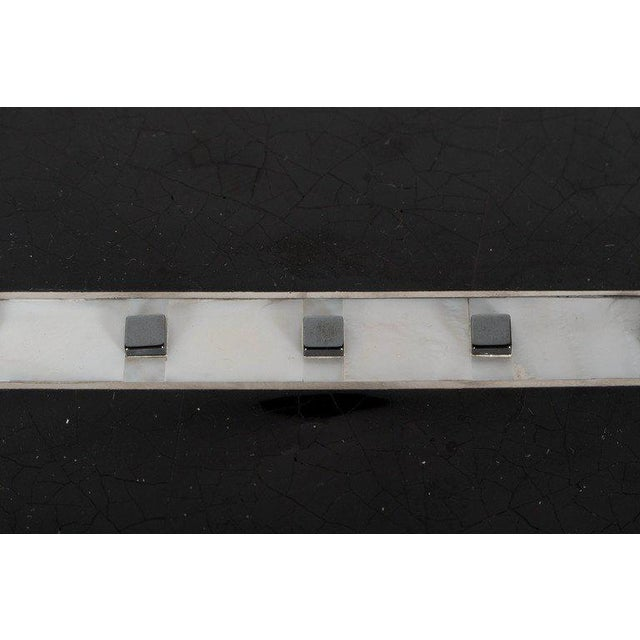 White Black Lacquer Cracqueleur Box with Kabibi Inlay and Art Deco Square Motif For Sale - Image 8 of 11